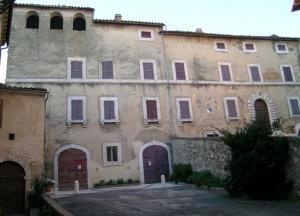 palazzo_cansacchi.jpg