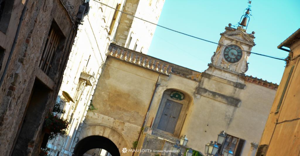 Amelia Centro Storico, Loggia del Banditore Piazza Marconi - Foto di Tommaso Pagliaricci