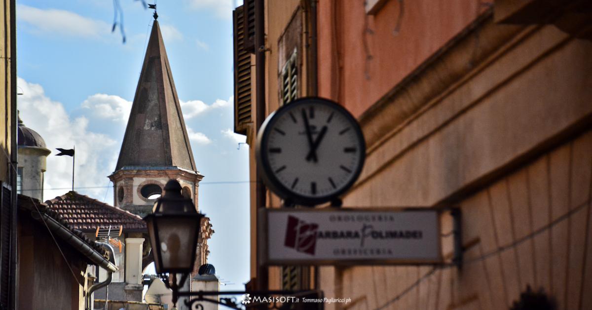 Amelia - Scorcio del campanile della Chiesa di San Francesco -