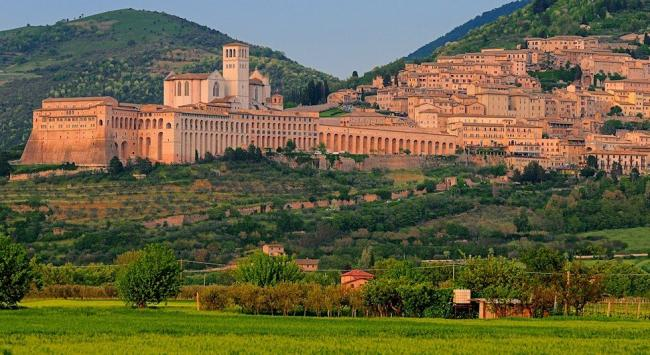 Vista di Assisi - san Francesco - Umbria