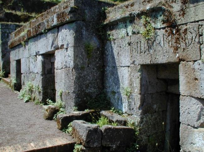 necropoli-crocifisso-tufo-orvieto